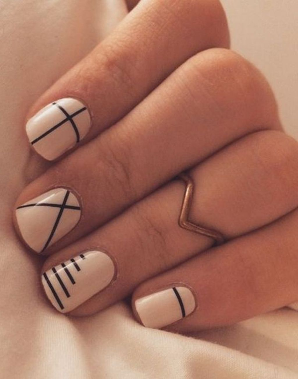 38 Cute And Simple Nail Art Ideas For Beginners Nails Pinterest