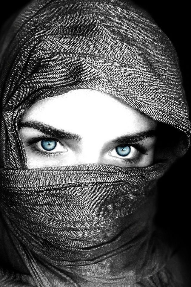 Pin By Inspiring4u2 On A Touch Of Color Beautiful Eyes Eyes Wallpaper Black And White Photography Beautiful black and white eyes wallpaper