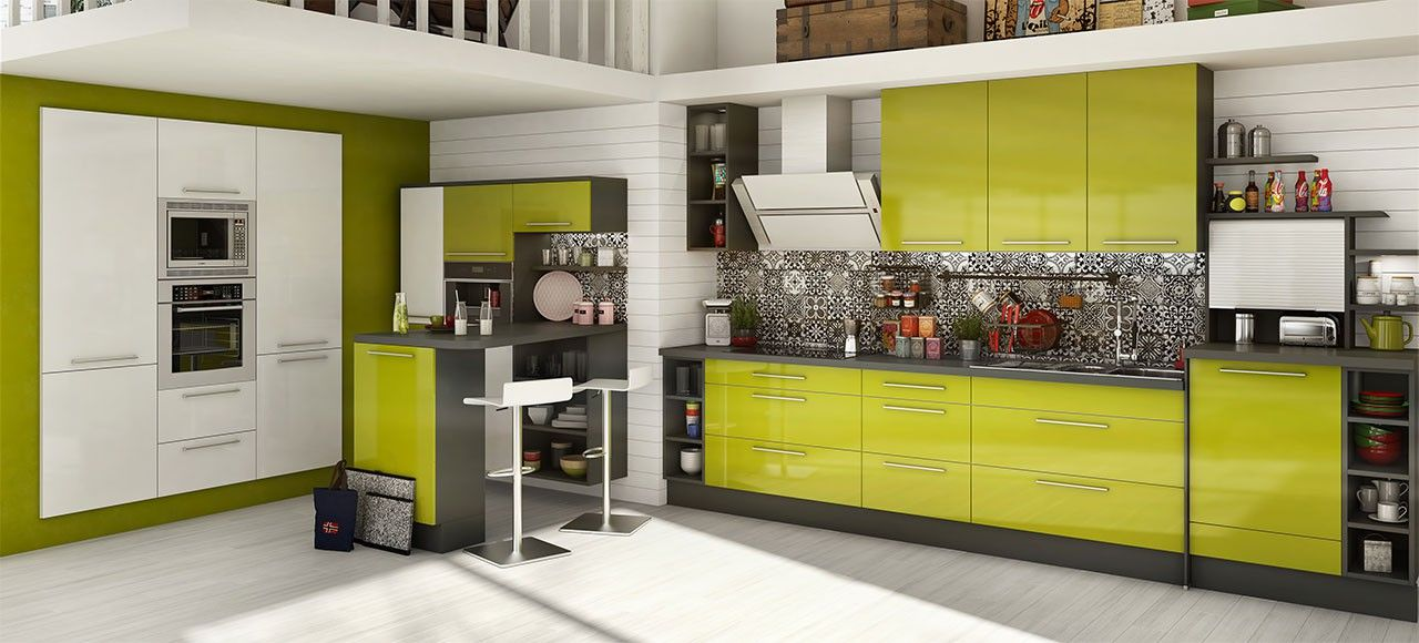 une cuisine astucieuse la cuisine quipe mona est un modle pens pour les petites surfaces et les petits budgets sans pour autant ngliger le design