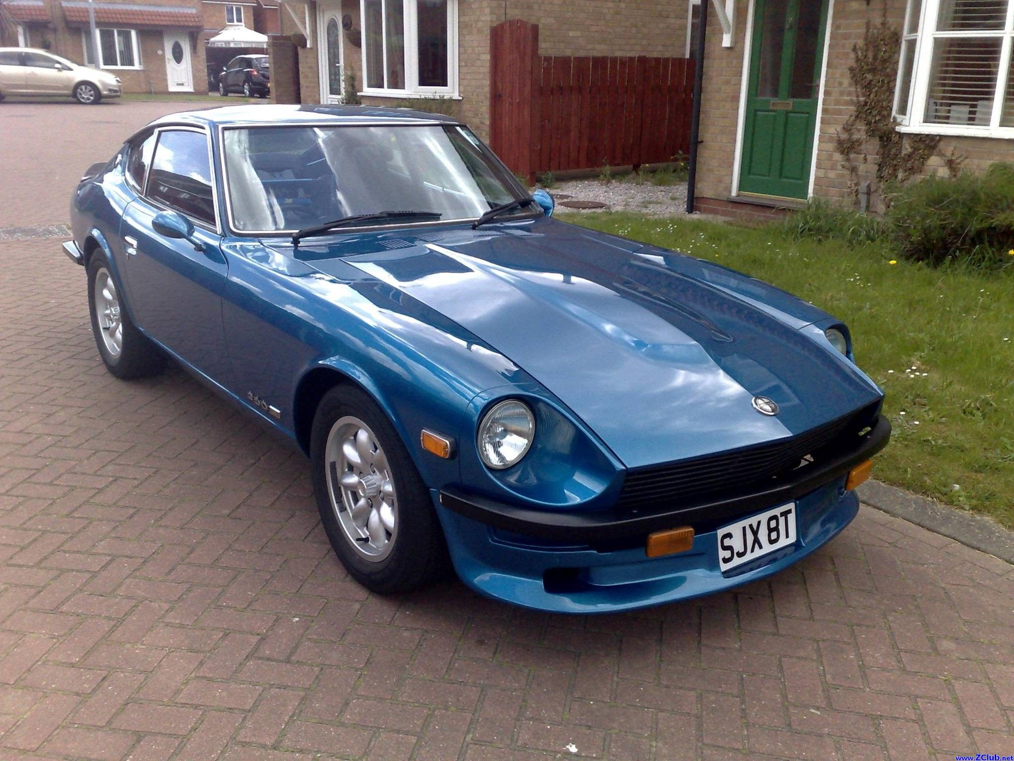 A rather nice datsun 260z i wouldn t mind this one in my driveway