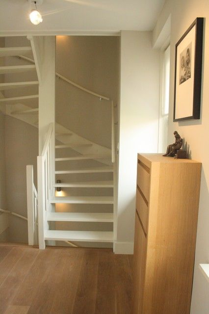 Best Stairs For Narrow Space Loft Conversion Stairs Attic 400 x 300