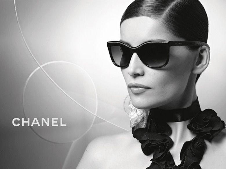 71a464f5456e1e Laetitia Casta photographed by Karl Lagerfeld for Chanel Eyewear campaign   ChanelEyewear Visit espritdegabrielle.com   L héritage de Coco Chanel   ...