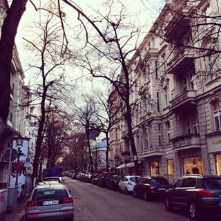 Fasanenstrasse Berlin Charlottenburg In 2020 Street View Scenes Street