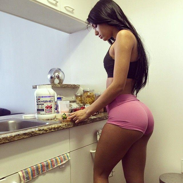 Yovanna Ventura Twerk
