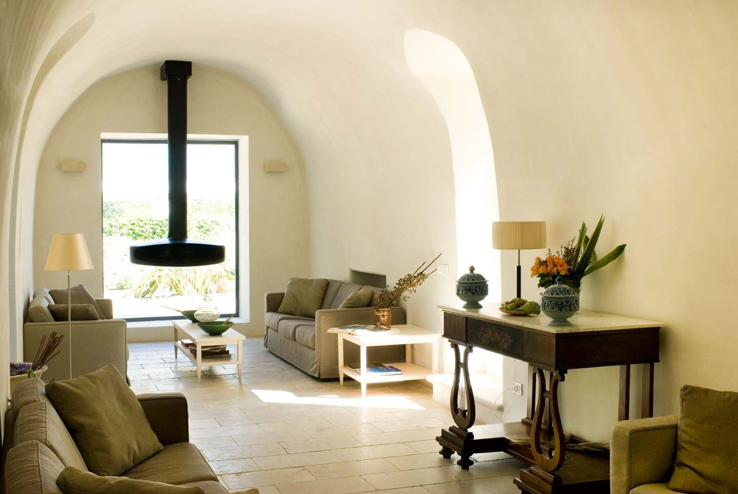 Architechture of a typical farmhouse in Apulia | Huise van Klein ...