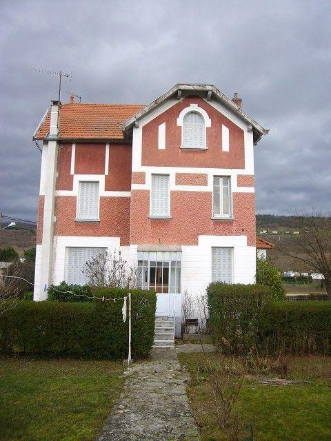 Maison a vendre à BRASSAC LES MINES Maison des années 30, superbe