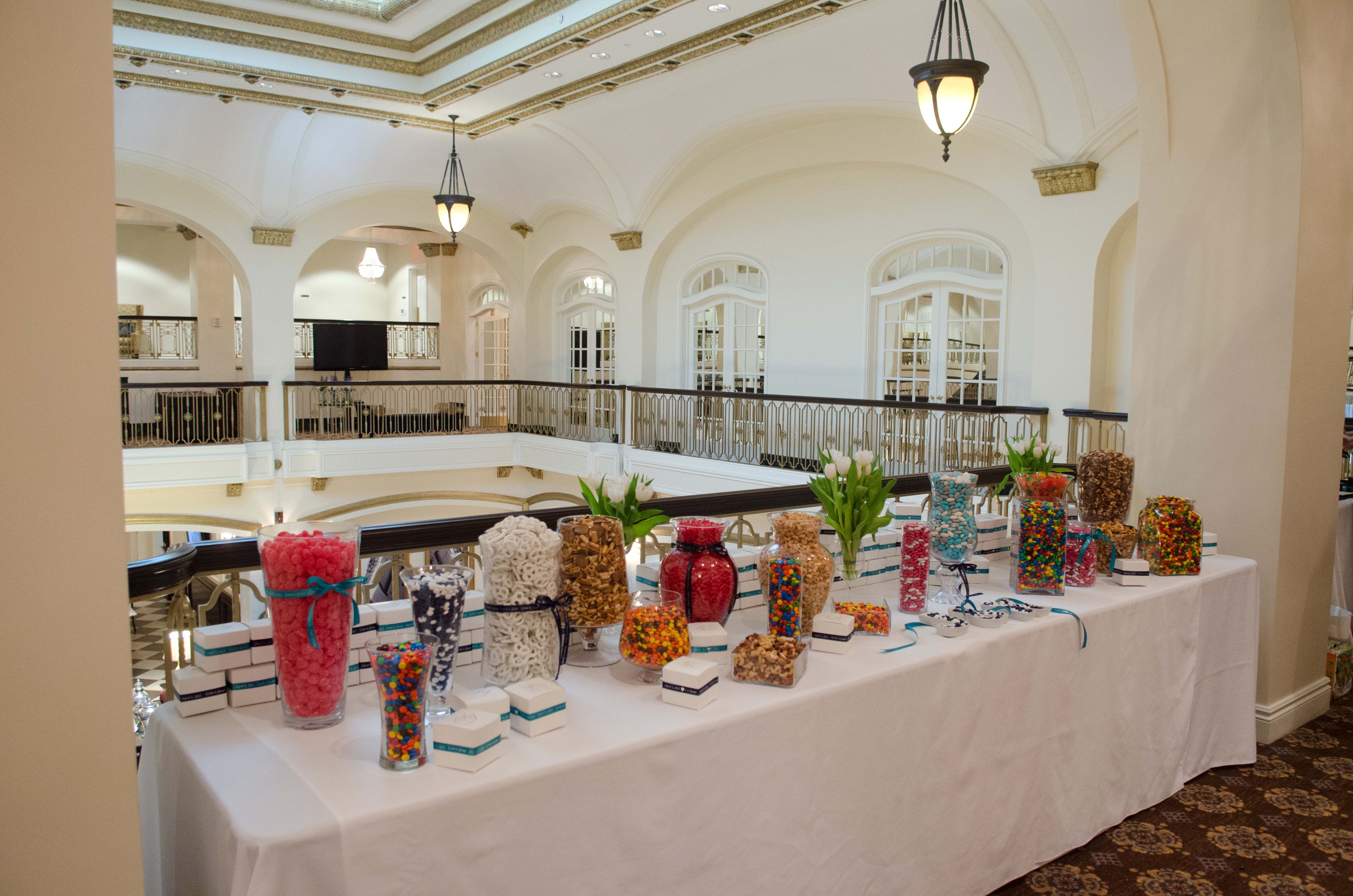 Candy bar set up on Mezz outside Gold Room. | Gold rooms ...