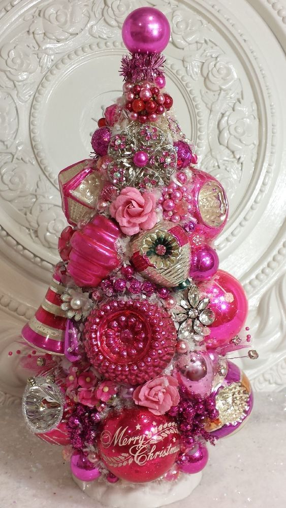 Vintage HOT PINK Ornaments Bottle Brush Tree WOW rhinestones roses - decoracion navidea estilo vintage