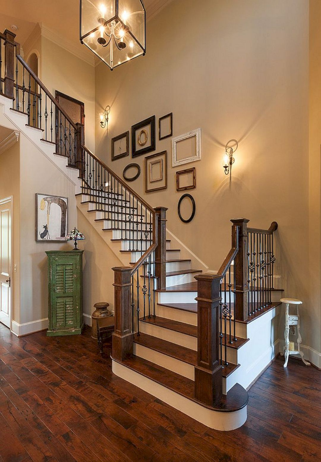 Best 65 Awesome Arranging Pictures On A Stair Wall Ideas 400 x 300