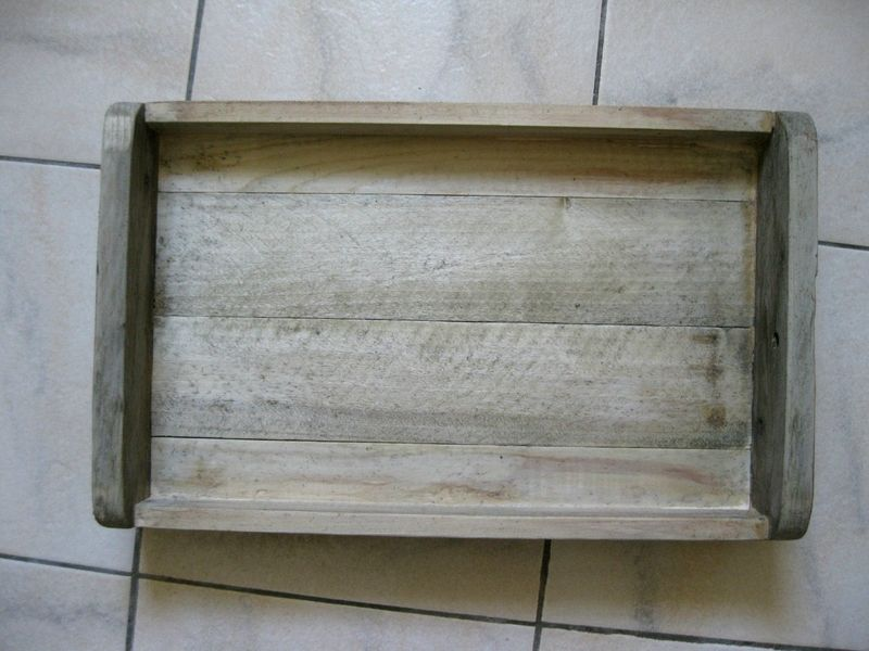 Griser du bois avec de la paille de fer et du vinaigre Trucs - peinture bois et fer