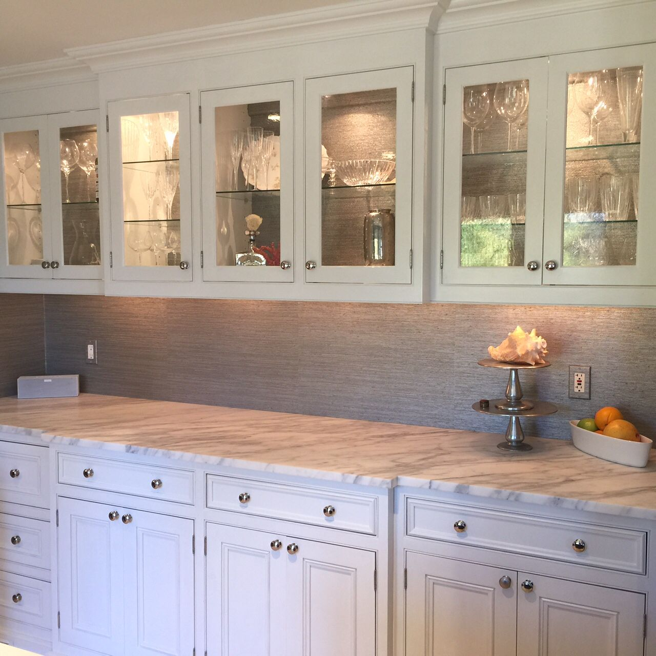 Easy and affordable kitchen cabinet refacing ideas glass front