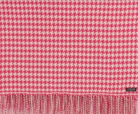 Foxford Lambswool Pink Hound's Tooth Throw. A young and feminie palette teamed with a classic pattern!