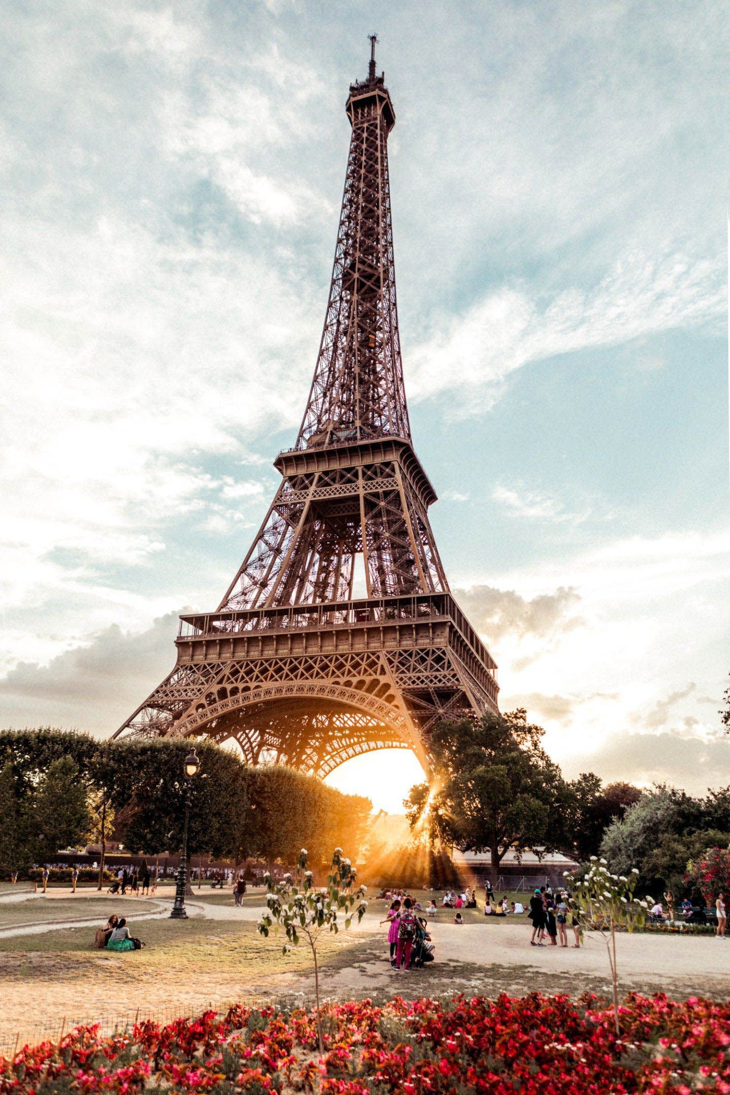 Agical Things To Do In Restaurant Near Eiffel Tower Just On Travelarize Vacations Ideas