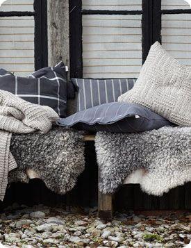 Linum cushions
