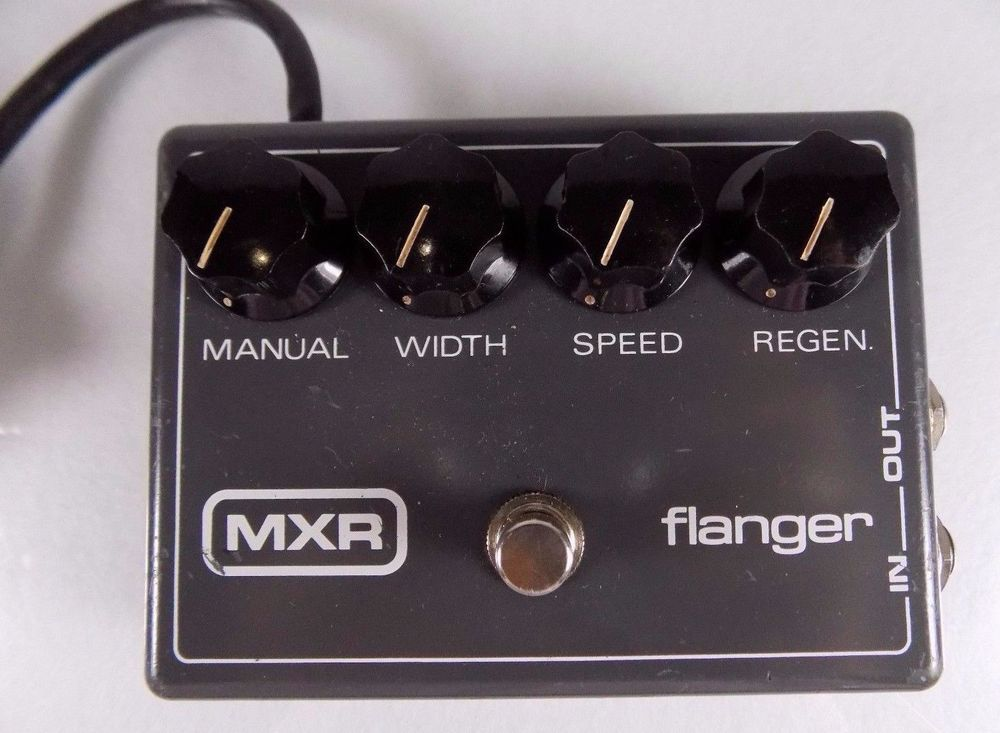 vintage 1970s mxr flanger model m 117 original guitar effects pedal reticon chip toys. Black Bedroom Furniture Sets. Home Design Ideas