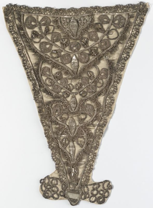 Stomacher, first half 18th century. Silk with metallic thread embroidery.