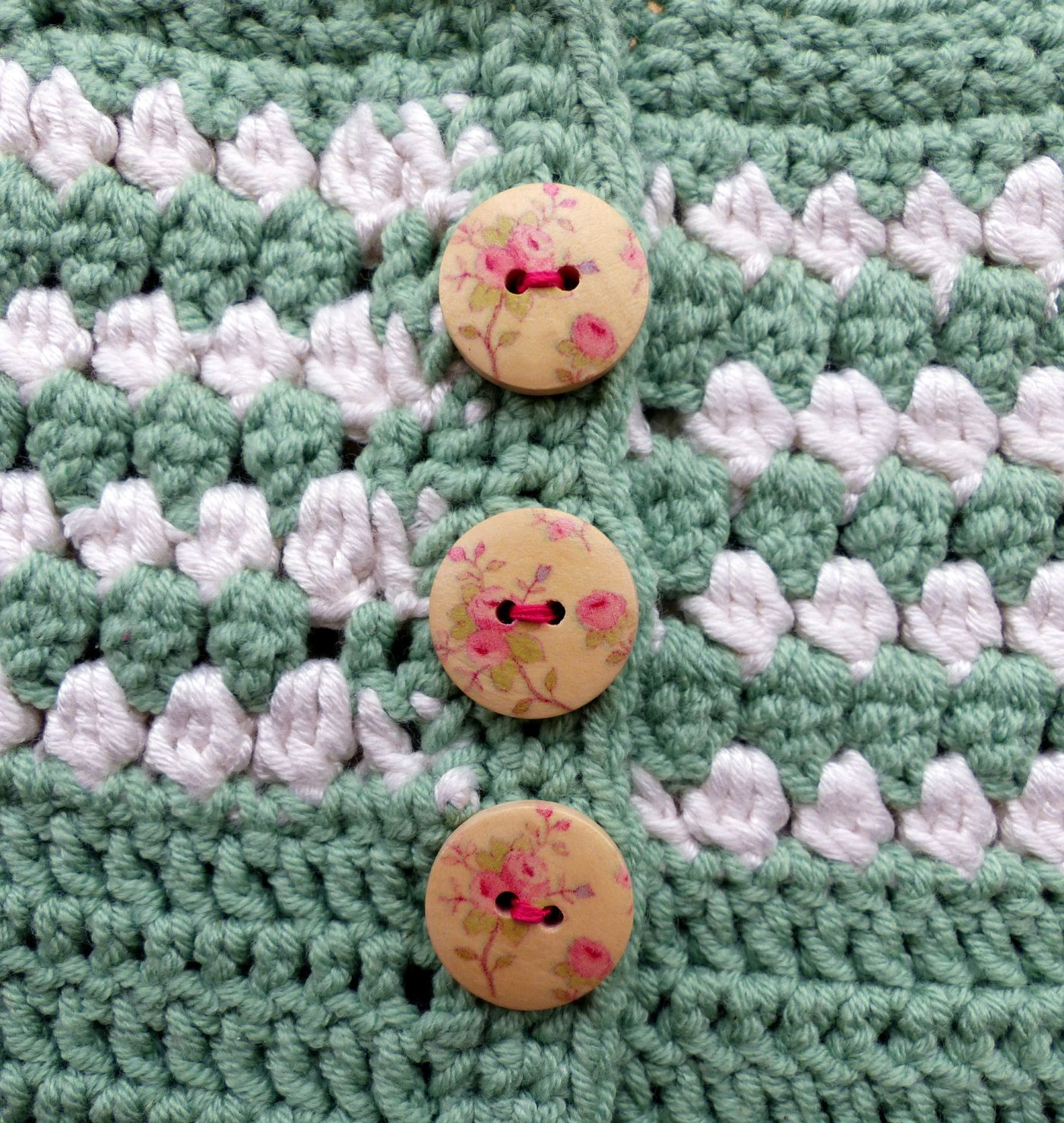 6ac89880f Cluster Yoke Baby Cardigan - a free pattern from Ravelry