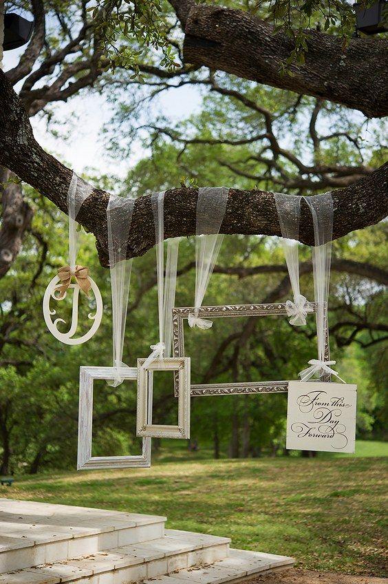 35 Vintage Frames Wedding Decor Ideas   Pinterest   Photo booth ...