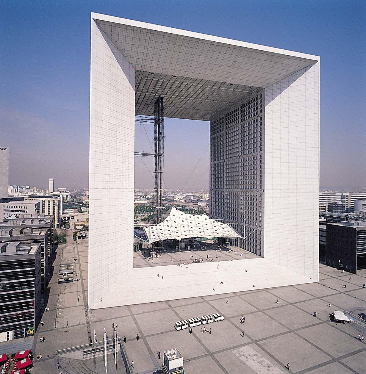 Architecture la grande arche de la d fense maitresse for La architecture