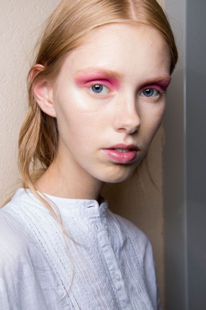 StarStyle PH - 10 Colorful Beauty Looks at Milan Fashion Week