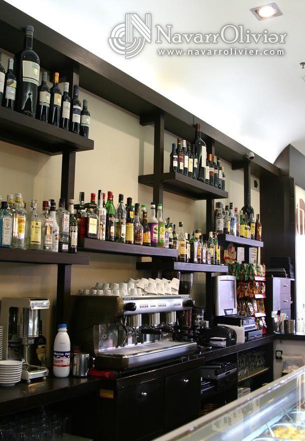 Locales comerciales carpinteria a medida mobiliario y - Estanterias para bares ...