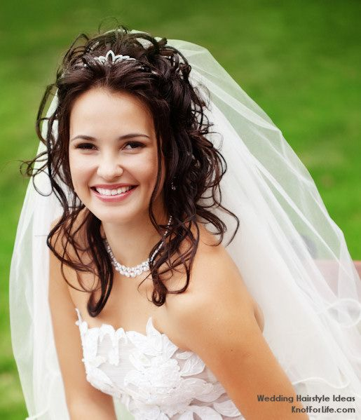 Wedding Hairstyles With Veil marion floral bridal comb 1 Wedding Hairstyles For Medium Length Hair Wavy Wedding Hairstyle With A Veil And Tiara