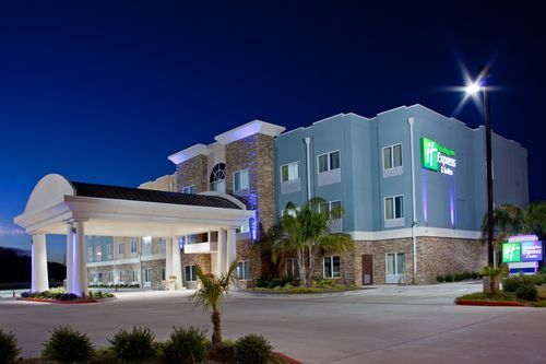 Holiday Inn Express Suites Rockport Bay View Hotel In Texas