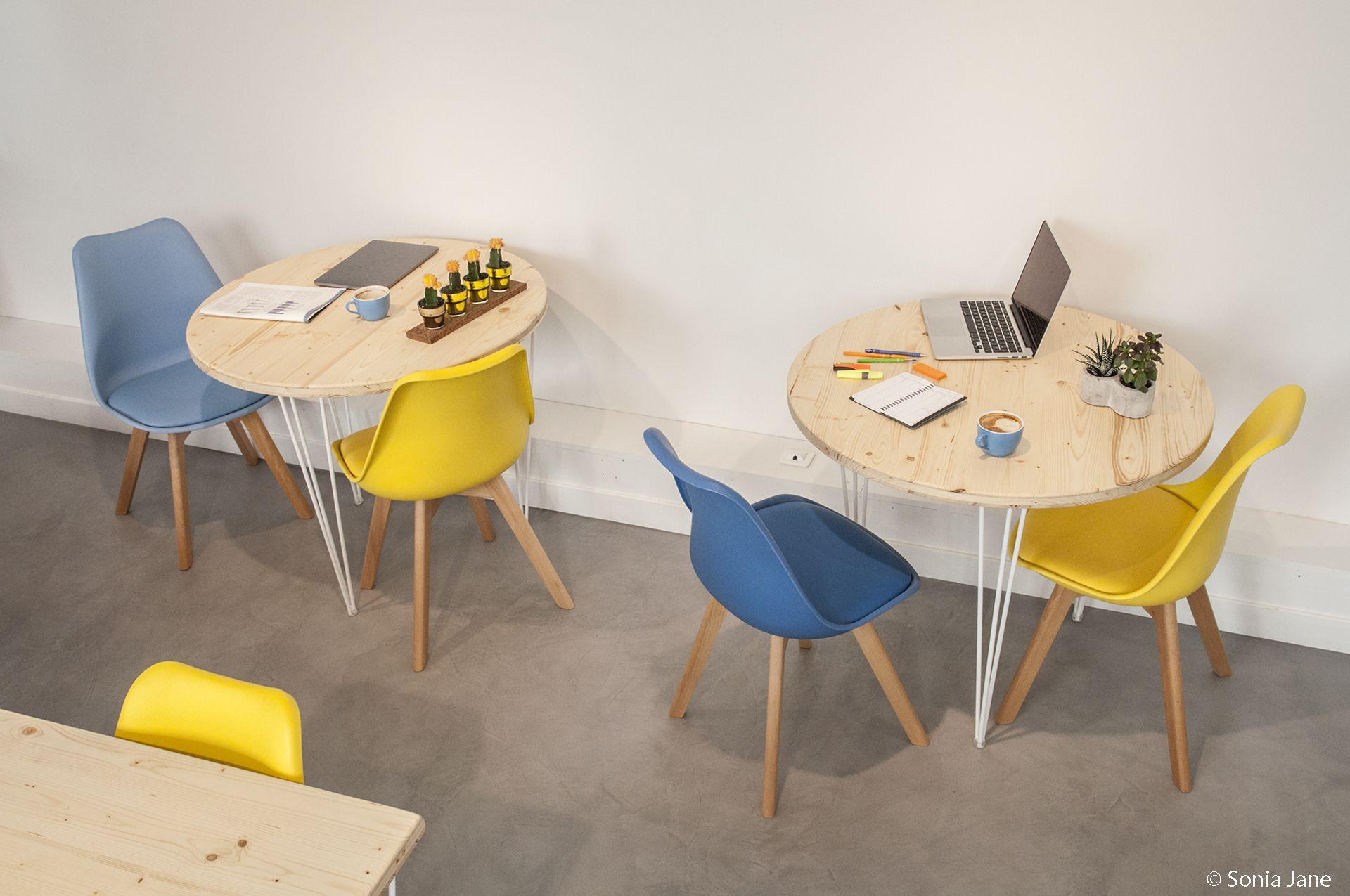 Fabricant Beton Cire France galerie café, sol en béton ciré marius aurenti, paris