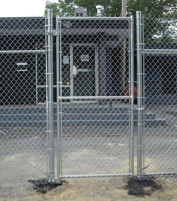 chain+link+fence+gates+ideas | chain link fence gate | Gates ...