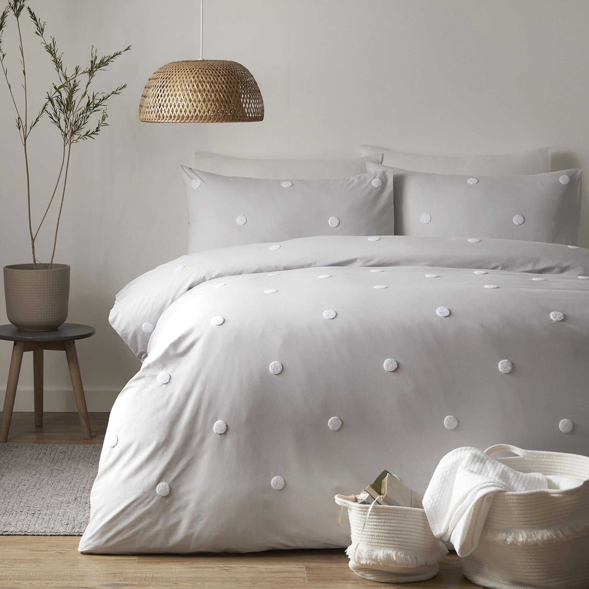 Appletree Silver Dot 100 Cotton Duvet Cover And Pillowcase Set