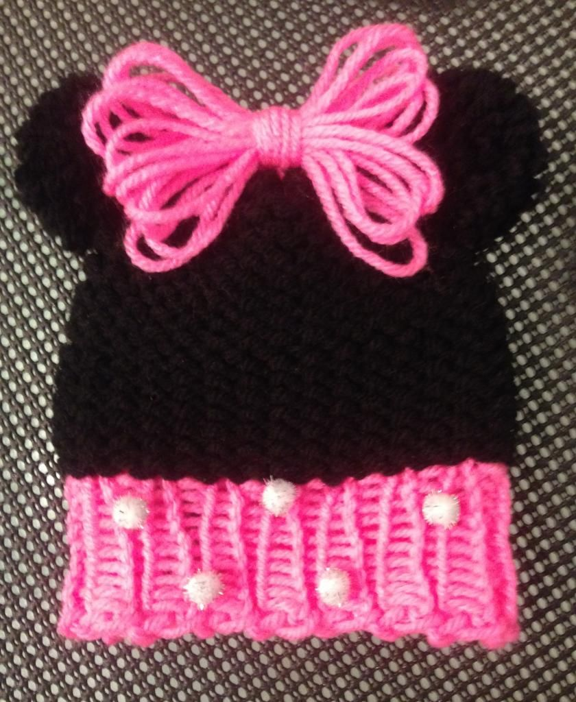 Loom Knit Minnie Mouse Hat Pattern free on the Loomahat.com website ...