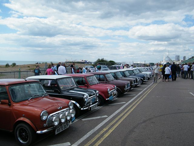 2013 LtoB Mini Run - Some of the 2000+ Minis that took over Madeira Drive