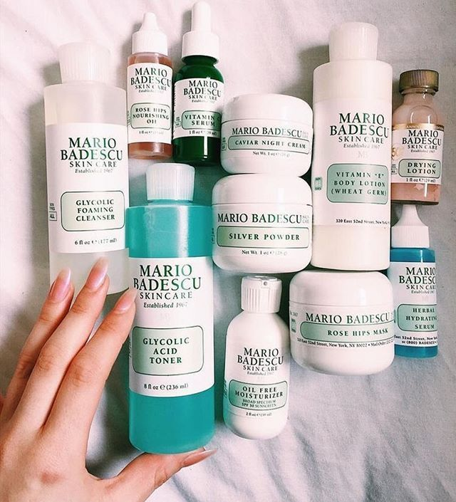 Photo of Clean & Clear Tägliches Akne-Hautpflege-Set mit schäumendem Gesichtsreiniger, Tiefenreinigung, adstringierender und zweifach wirkender Feuchtigkeitscreme, ölfrei, 3 Artikel