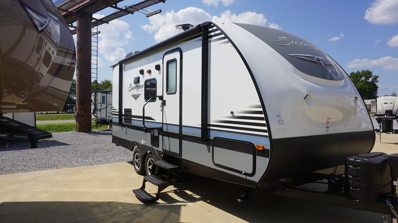 Check Out This 2007 Tiffin Motor Homes Phaeton 42qrh Listing In Montgomery Al 36116 On Rvtrader Com It Is A Class A Tiffin Motor Homes Rvs For Sale Rv Trader