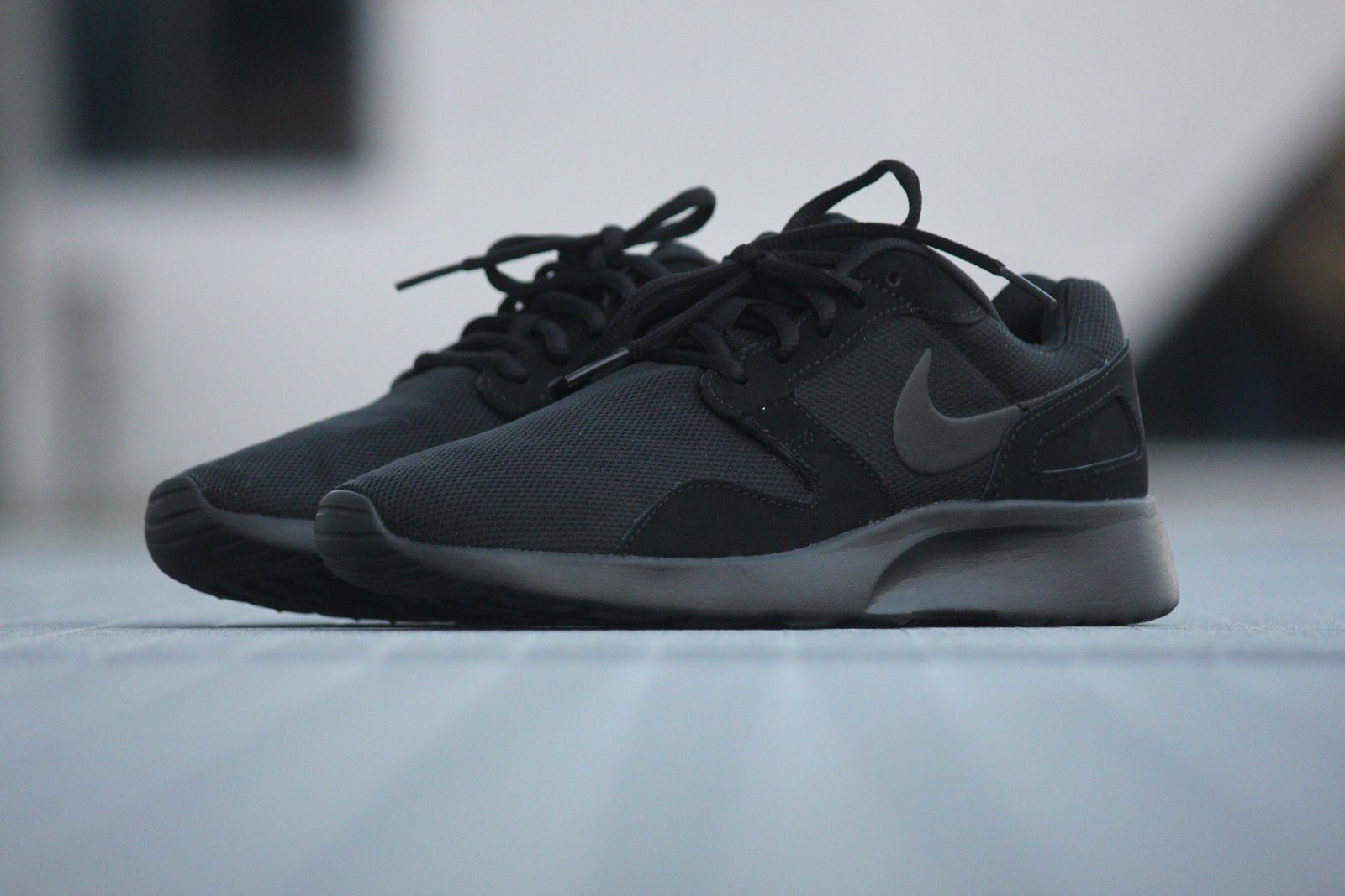 premium selection 2dfd7 93e5e Nike Kaishi All Black - 654473-090