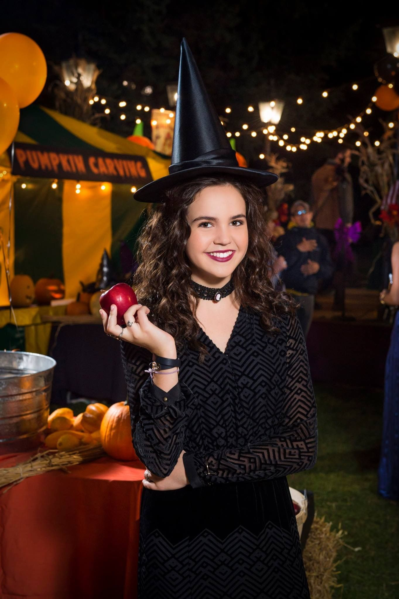 Bailee Madison as Grace | GOOD WITCH COTTAGE in 2019 | Good