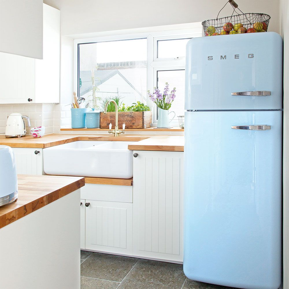 Easy spring cleaning hacks you need to try | Small white kitchens ...