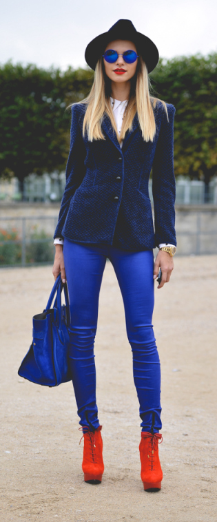 Blue outfit and orange booties, nice mix!