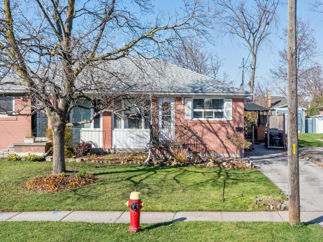 #NewListing Nov 2015 W3360239 | Residential for Sale | 108 McIntyre Crescent | Georgetown, #realestate #sellwithbell