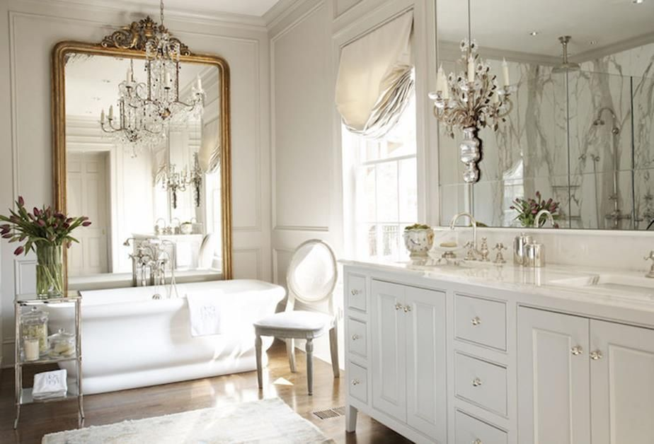 Best 35 Charming French Farmhouse Bathroom Decor Ideas French Bathroom French Bathroom Decor French Country Bedrooms