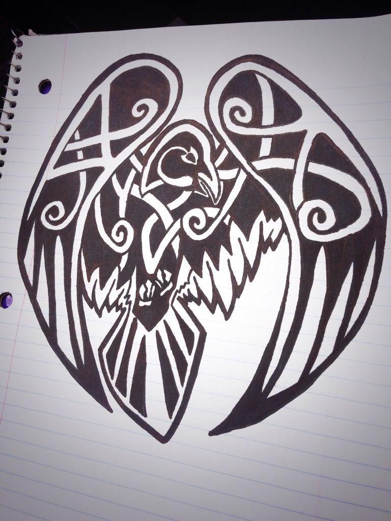 my celtic raven tattoos pinterest celtique corbeaux et nordique. Black Bedroom Furniture Sets. Home Design Ideas