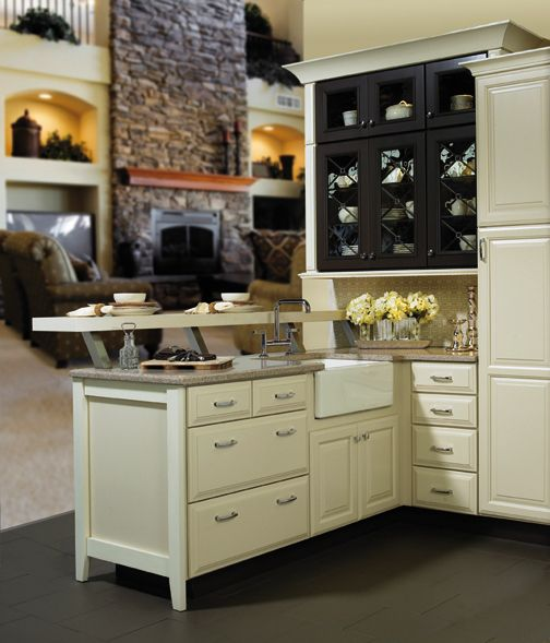 Kitchen Bath And Closet Cabinetry By Wellborn Cabinet Inc New Orleans Kitchen Ideas