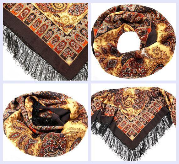 Russian Pavlovsky Posad shawl Фаворит Favorite