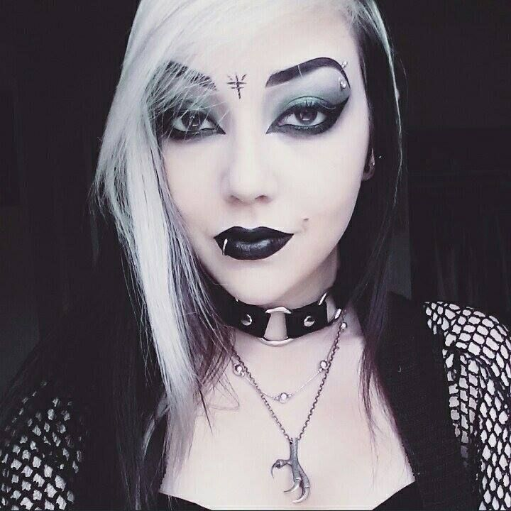 rencontre gothique emo