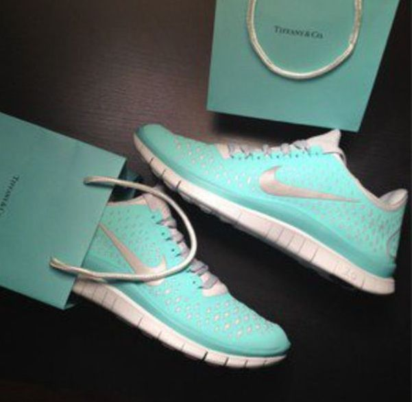 Cheap Nike Free Run Tiffany Blue Running Shoes For Women are sale with best  service. Our store have a lot of Tiffany Blue Big Size in stock.