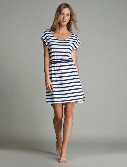 Modelo de vestidos playeros