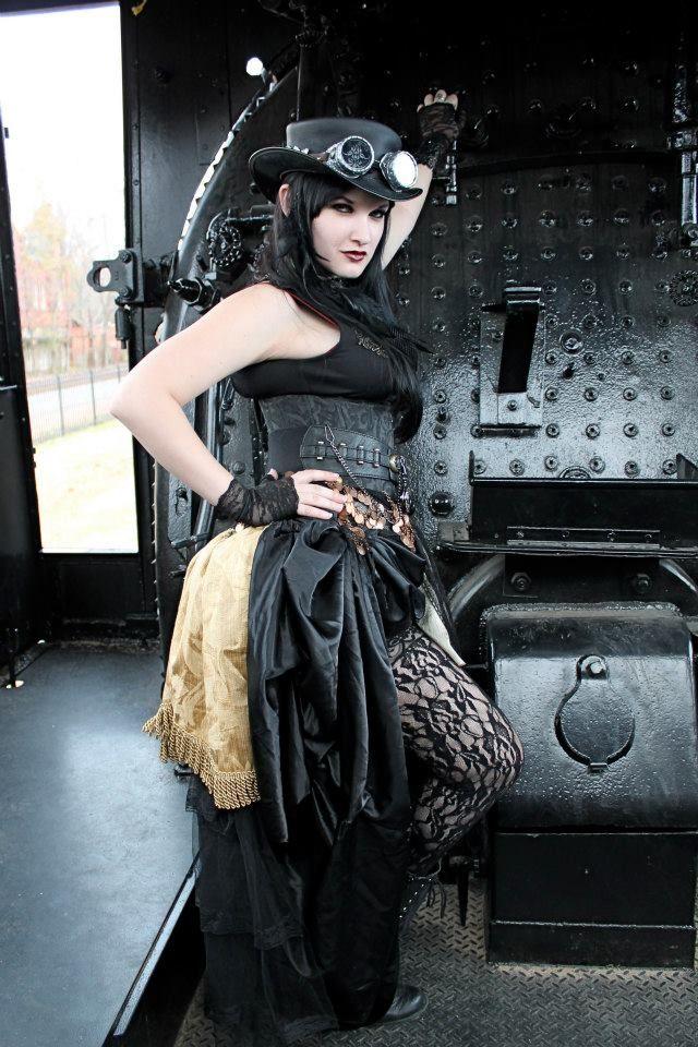 Liesel Van Helsing By On Goth Girls Steampunk Cosplay Jules Jordan 1