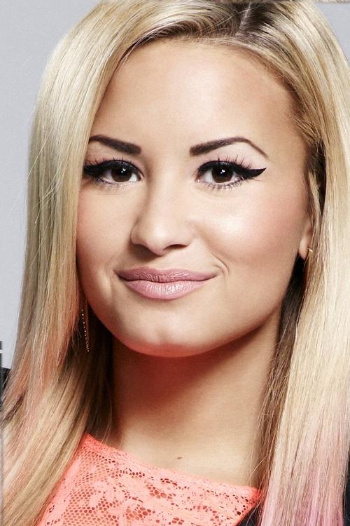 demi lovato makeup and eyebrows | Demi lovato makeup, Demi ...