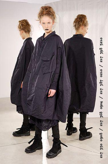 1bc15cce2f637 RUNDHOLZ BLACK LABEL autumn winter 17 18 51 Layered Fashion