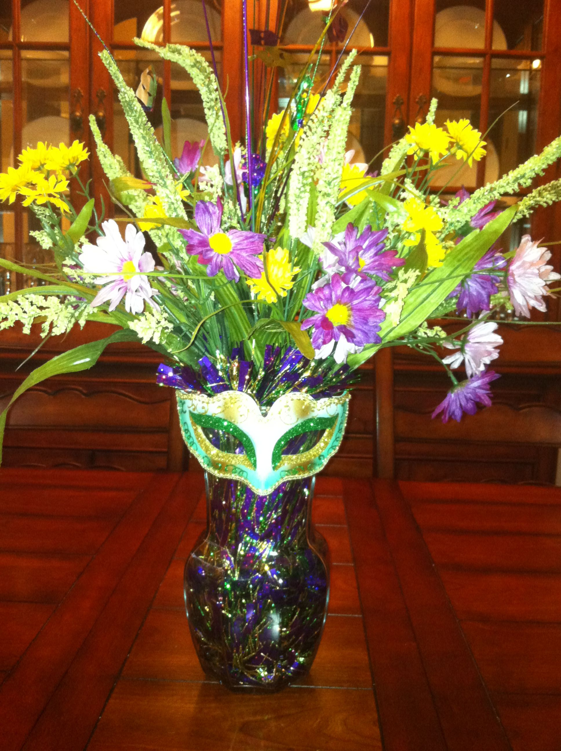 Fake flowers for crafts - Craft My Mardi Gras Arrangement Added Garland Silk Flowers And Mask From Michaels To A